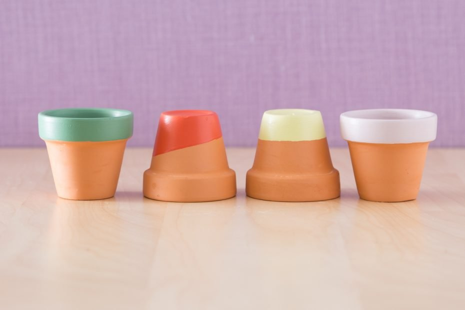 painted mini terra cotta pots